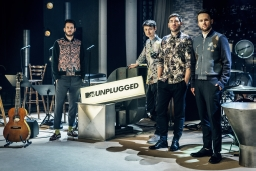 Revolverheld - MTV Unplugged - Konzert in 3 Akten